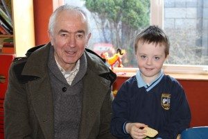Grandparents reading Day Junior Infants 001