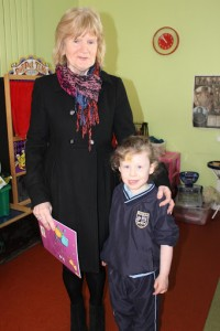 Grandparents reading Day Junior Infants 005