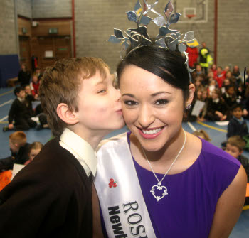 Rose of Tralee visit to Milford National school 1